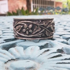 Silpada flower cuff bracelet